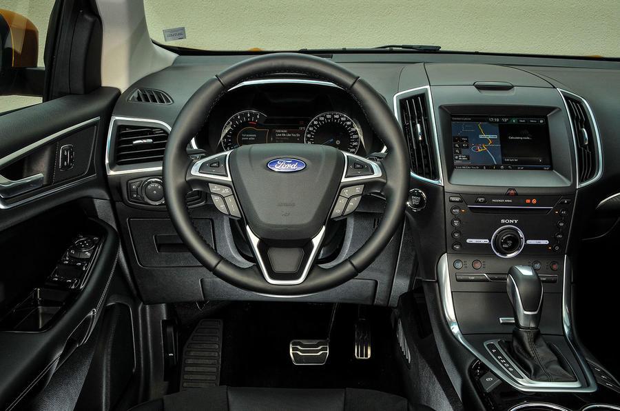 Ford Edge dashboard