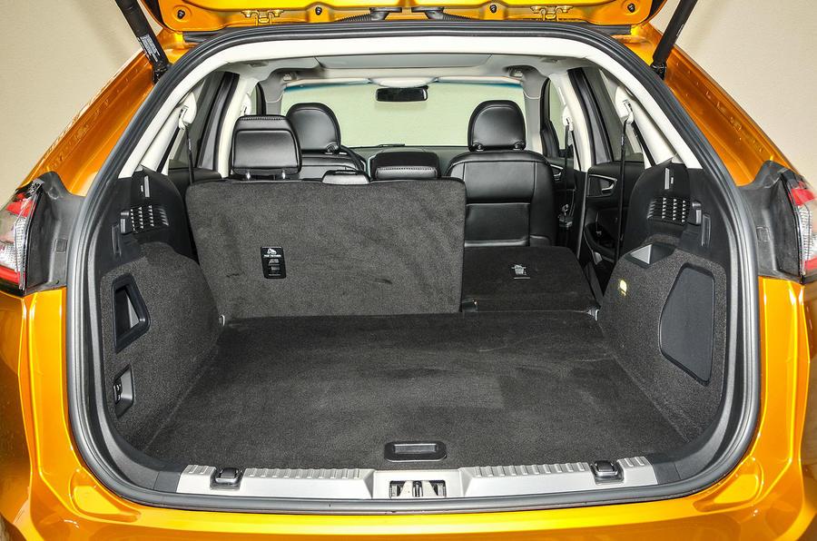 Ford Edge seating flexibility
