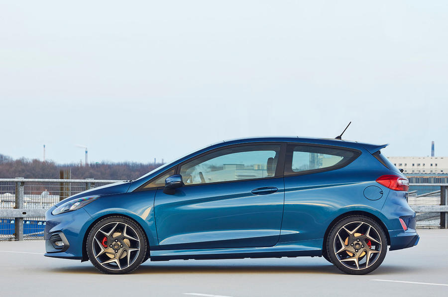2017 Ford Fiesta ST side profile