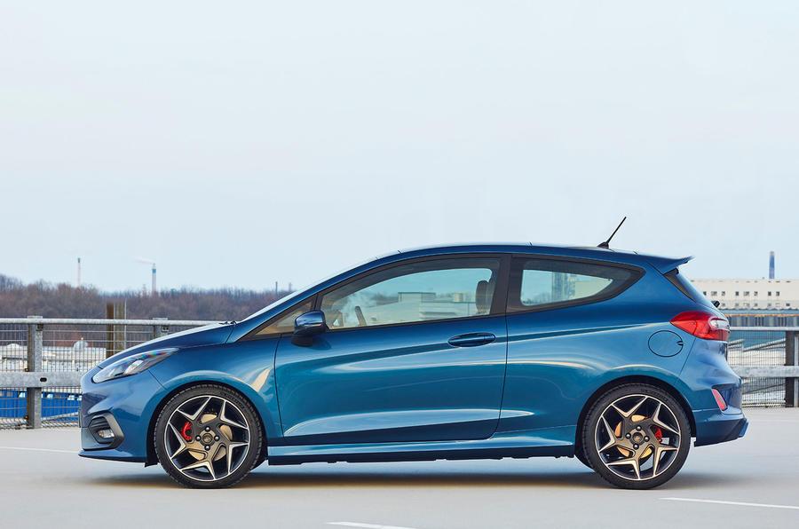 2017 Ford Fiesta ST side profile