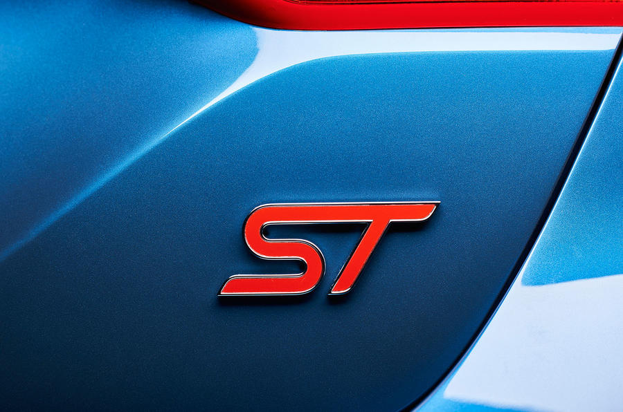 2017 Ford Fiesta ST badge