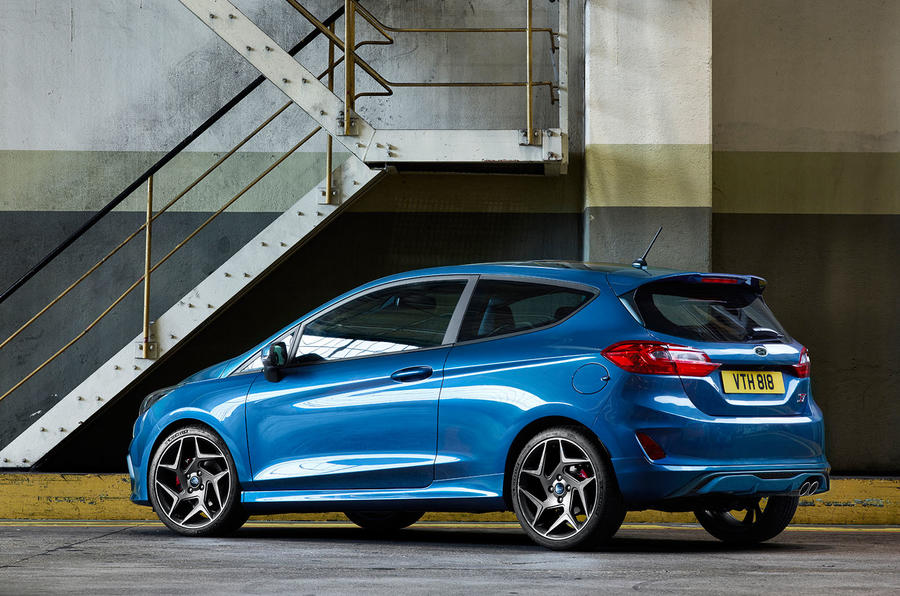2017 ford fiesta st officially revealed autocar. Black Bedroom Furniture Sets. Home Design Ideas