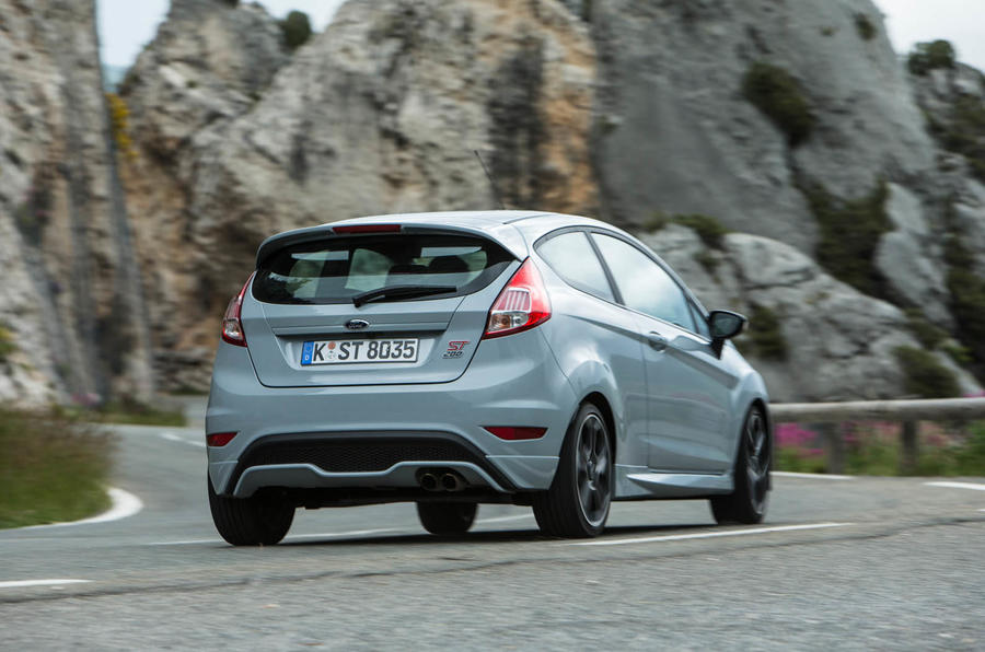 2016 ford fiesta st200 review review autocar. Black Bedroom Furniture Sets. Home Design Ideas