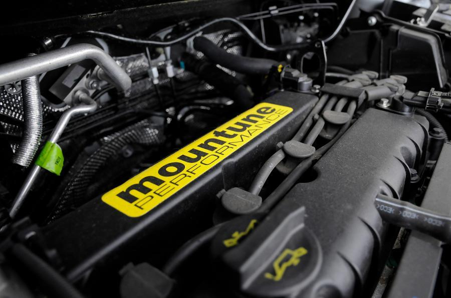 Ford Fiesta Zetec S Mountune engine
