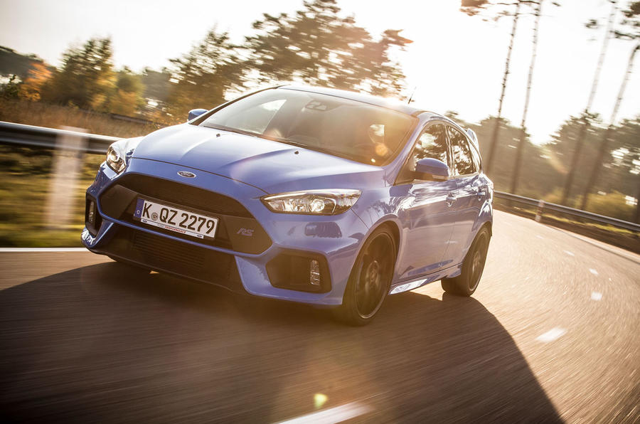 Ford Focus RS cornering