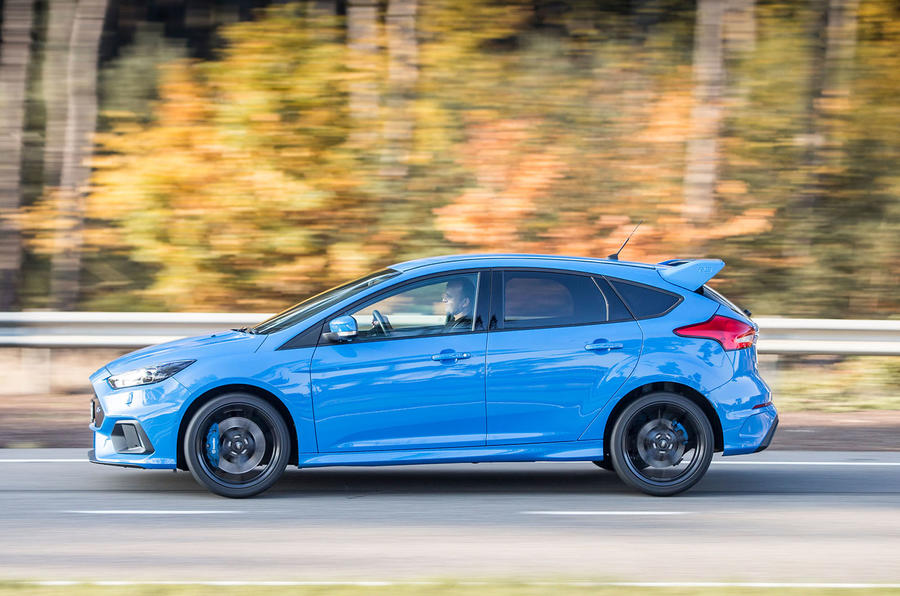 Ford Focus RS side profile