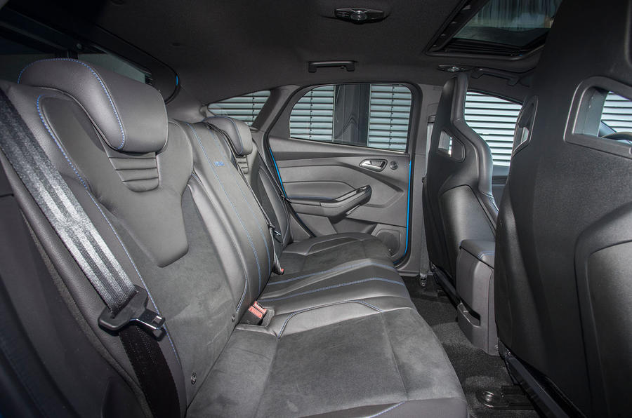 Ford Focus RS rear seats