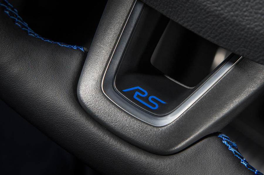 Ford Focus RS interior details