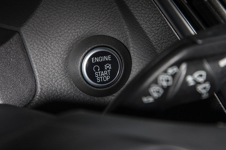 Ford Focus RS ignition button
