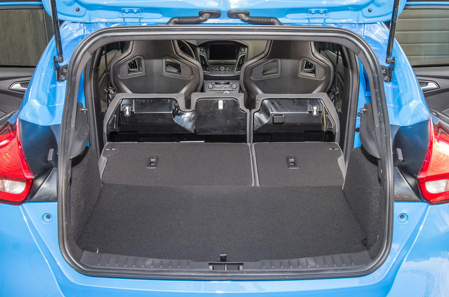 Ford Focus RS seating flexibility