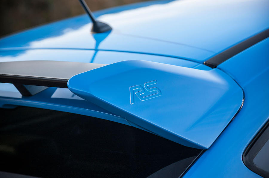 Ford Focus RS details