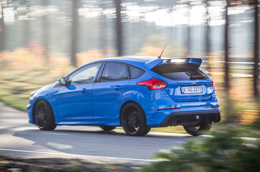 Ford Focus RS rear cornering