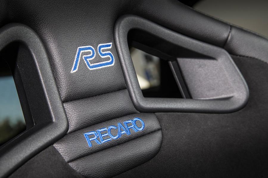 Ford Focus RS Recaro stitching
