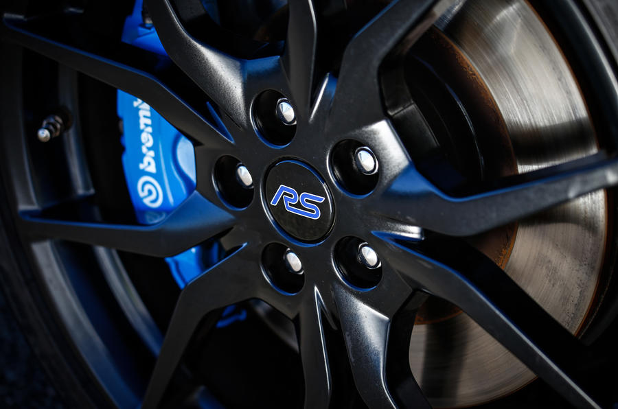 Ford Focus RS Option Pack alloy wheels