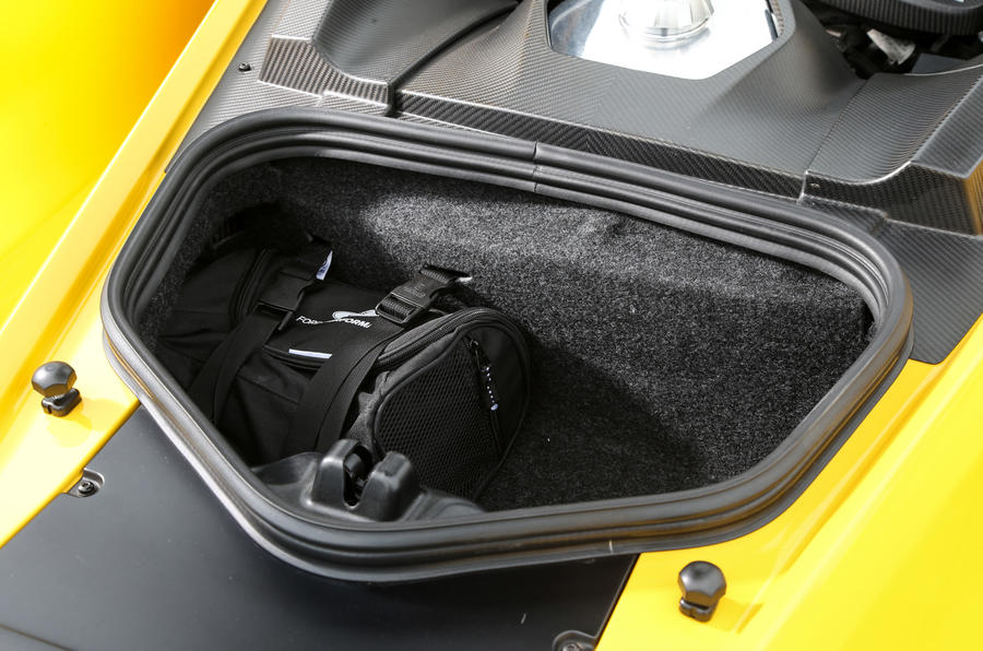 Ford GT boot space