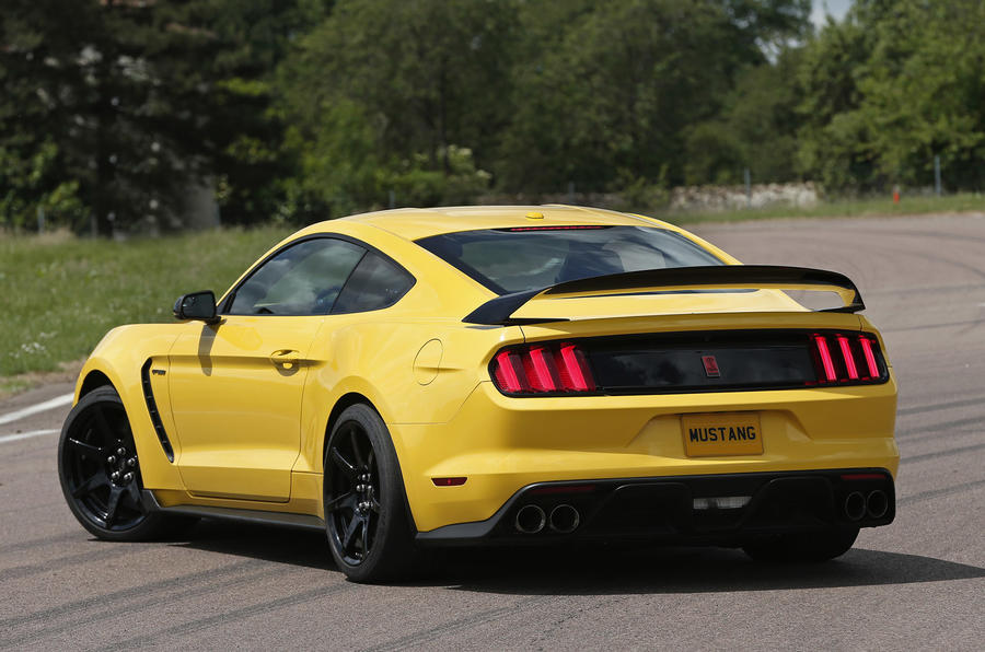 Ford Shelby Mustang GT350R rear quarter