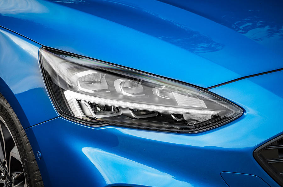 Ford Focus LED headlights