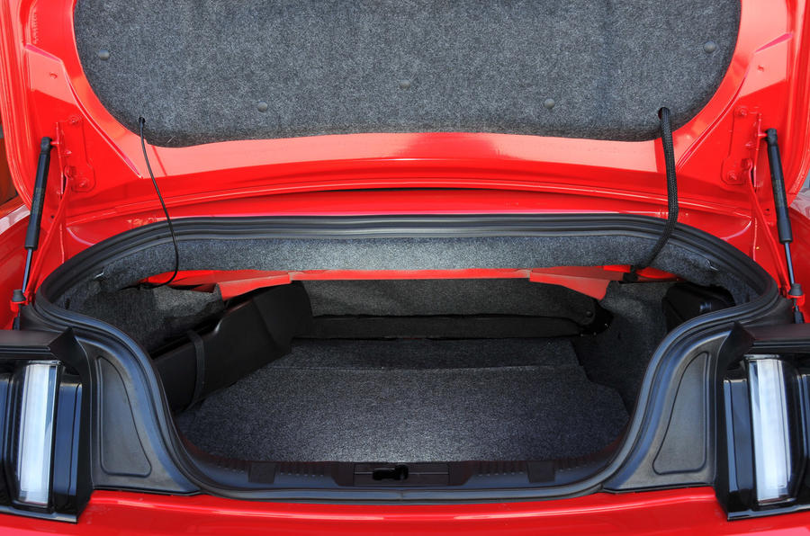 Ford Mustang Convertible boot space