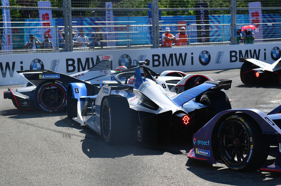 Formula E 2019 season decider in New York - battling