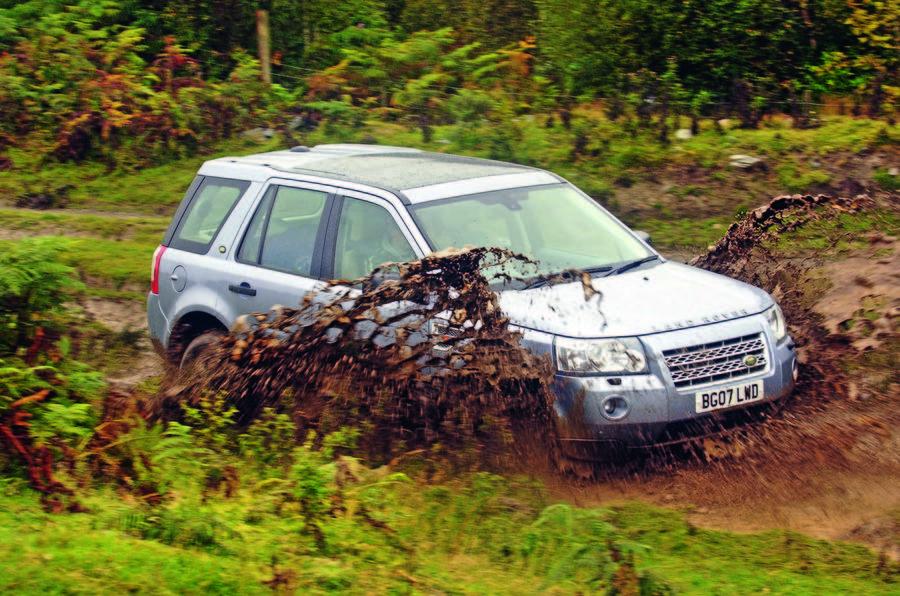 Land Rover Freelander driving off-road