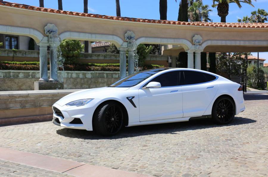 Tesla Model S Voltes