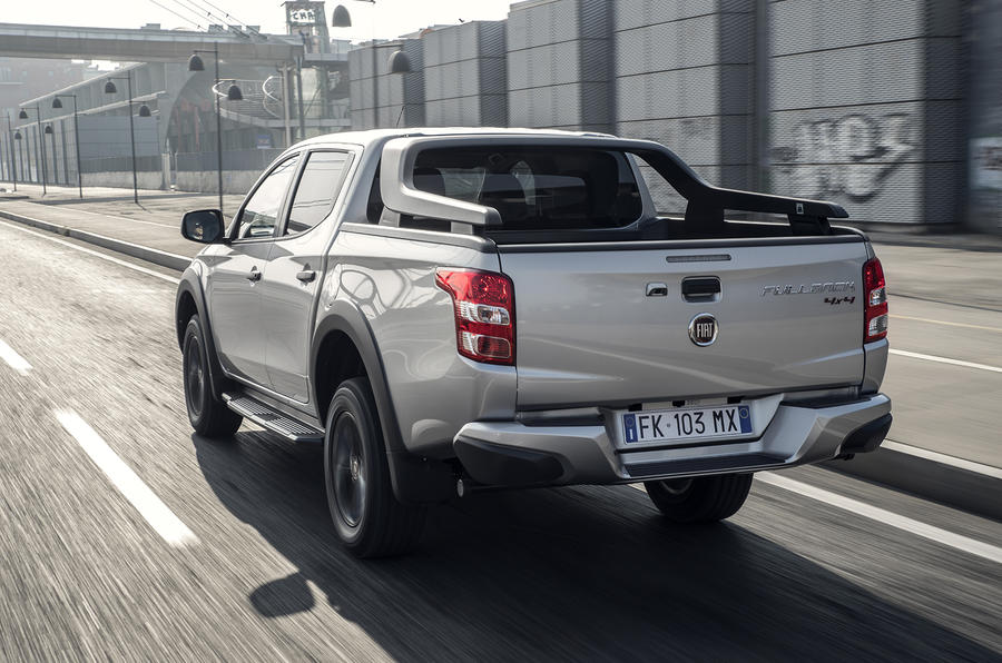 fiat fullback cross 2017 review autocar 2017 Chevy Silverado fiat fullback; fiat fullback rear