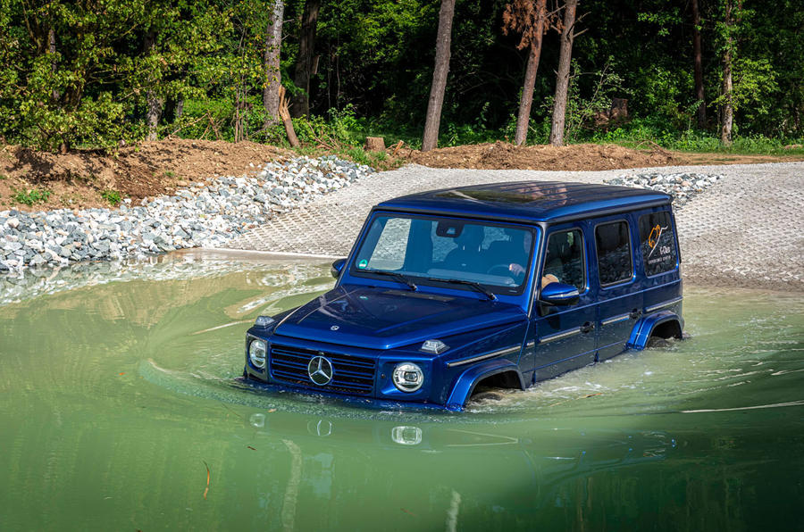 Mercedes G-Class Experience - wading