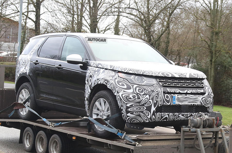 Updated Land Rover Discovery Sport to get plug-in hybrid
