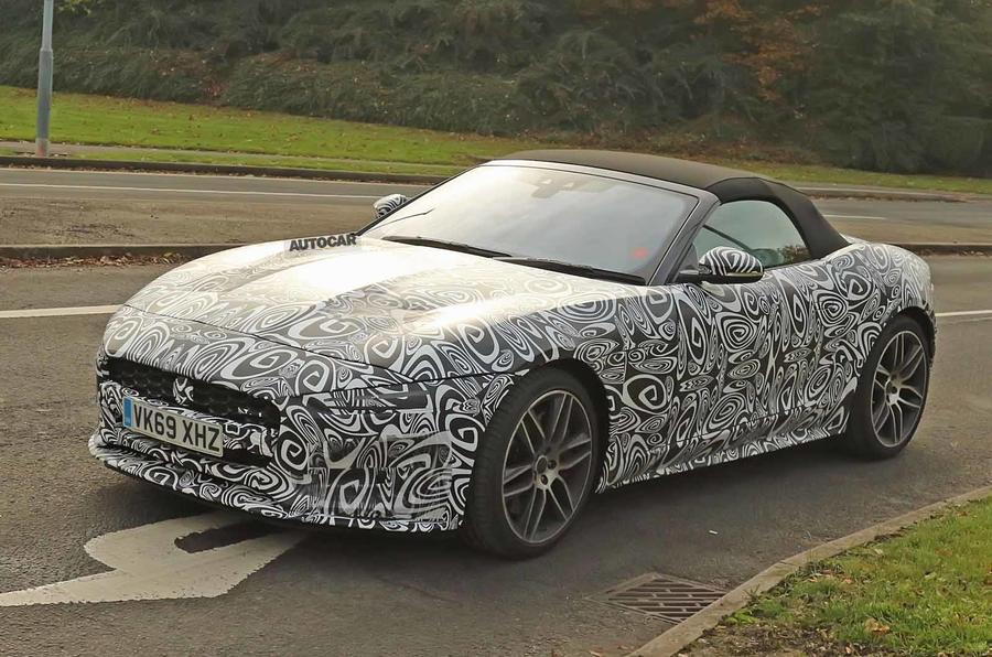 Jaguar F-Type 2020 spyshot front side
