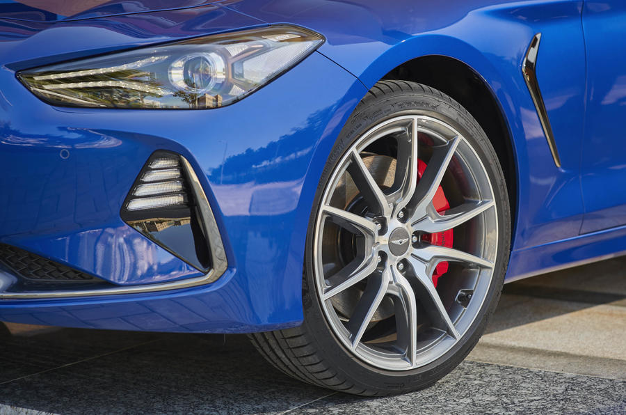 Genesis G70 alloy wheels