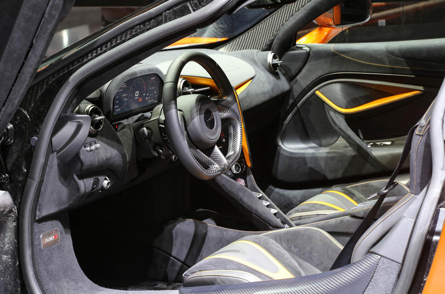 McLaren 720s interior cockpit side