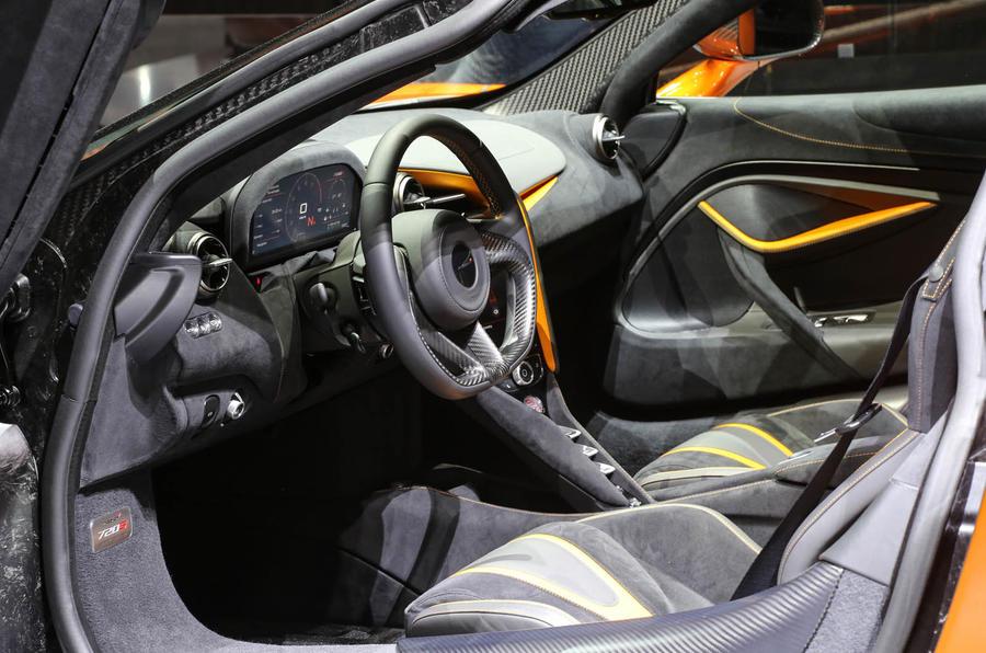 McLaren 720s interior cockpit side