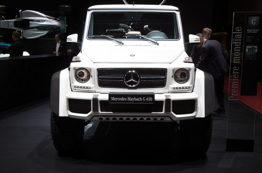 Mercedes maybach g650 landaulet arrives as swansong to for Mercedes benz maybach g650