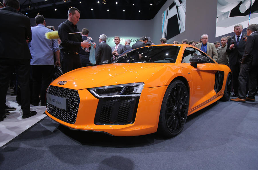 Audi r8 top speed v10 10