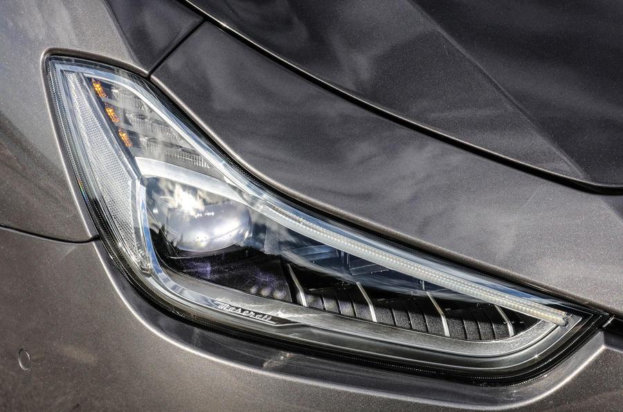 Maserati Ghibli S headlights