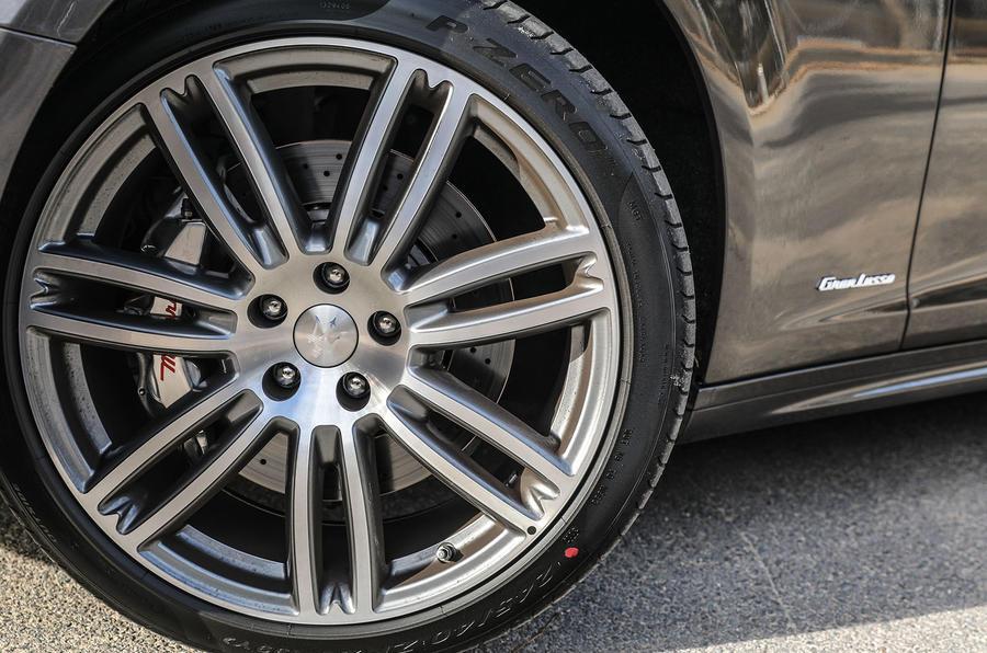 Maserati Ghibli S alloys