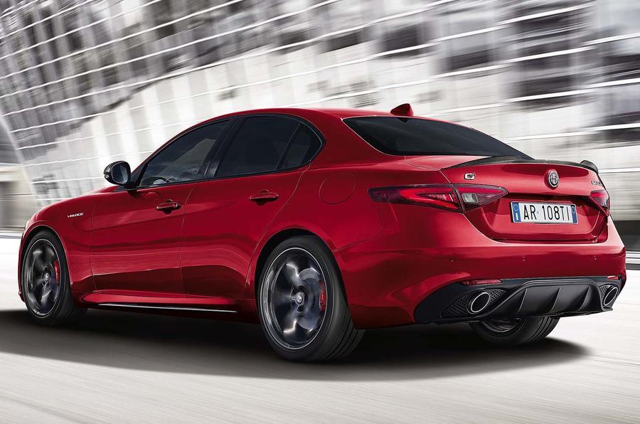 Alfa Romeo Giulia Interior >> £45,500 Alfa Romeo Giulia Veloce Ti gets Quadrifoglio ...