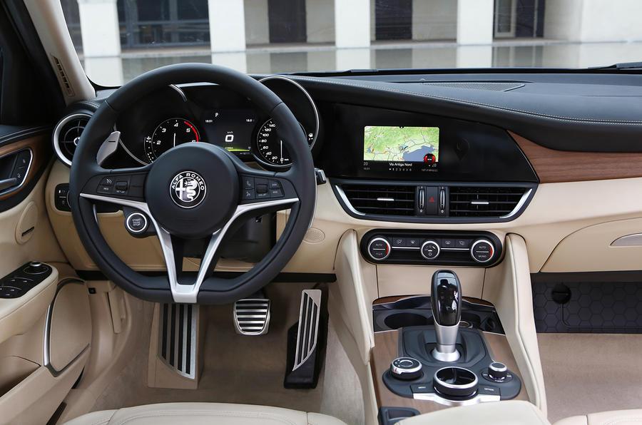 Alfa romeo giulia saloon 20 tb 280 veloce review