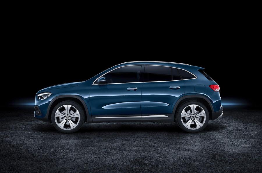 2020 Mercedes GLA reveal - static side