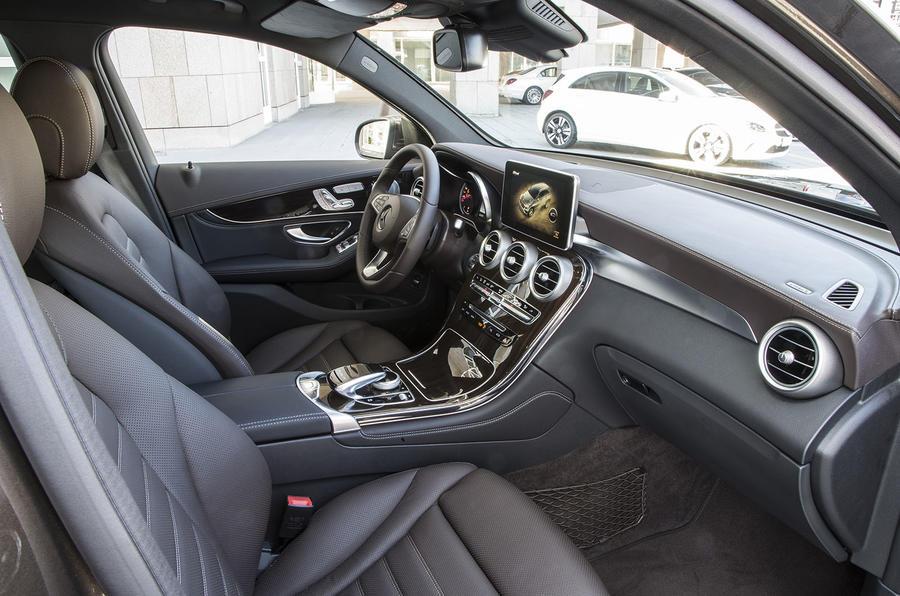 Mercedes-Benz GLC 250 d interior