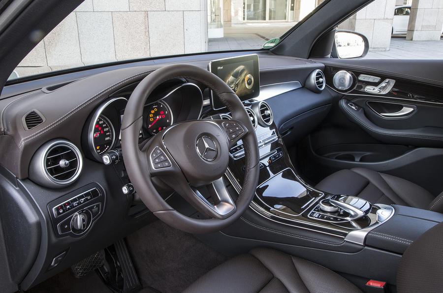 Mercedes-Benz GLC dashboard