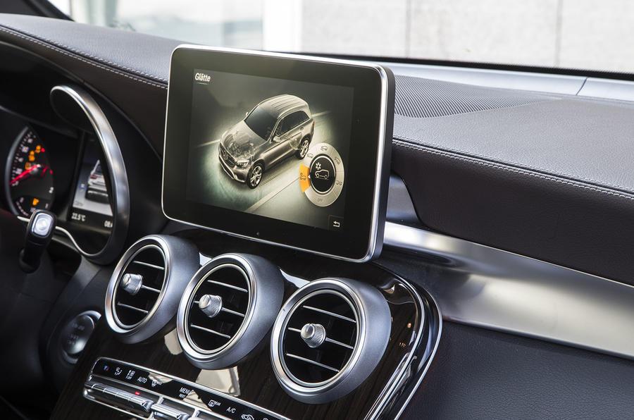 Mercedes-Benz GLC infotainment system