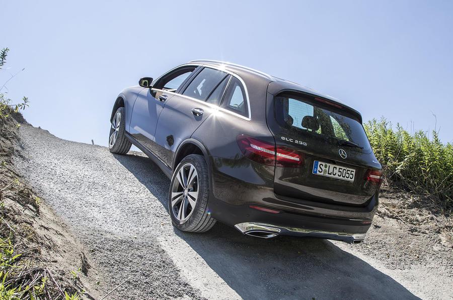 Mercedes-Benz GLC climbing