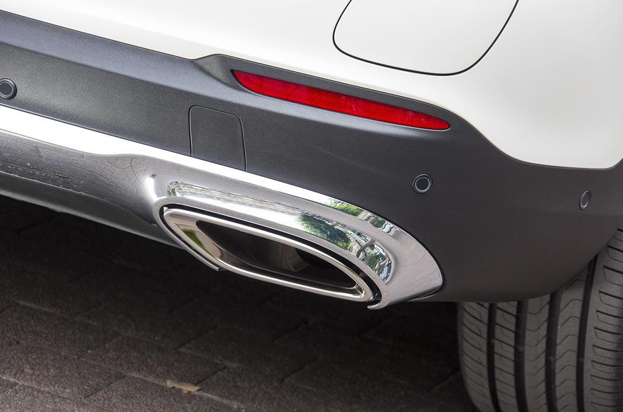 Mercedes-Benz GLC 350 d twin exhaust