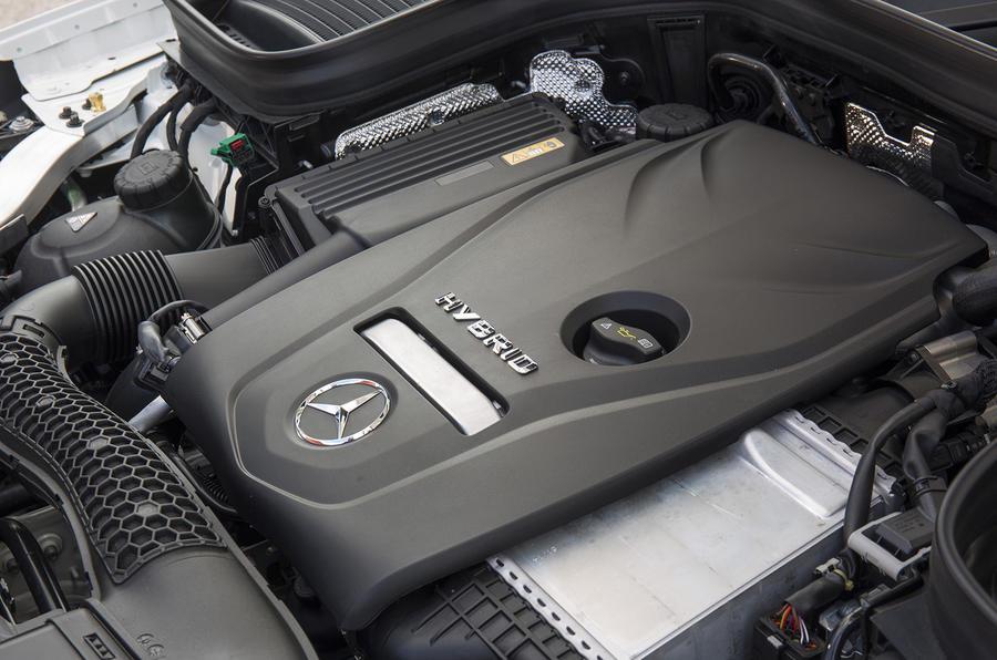 2.0-litre Mercedes-Benz GLC petrol engine