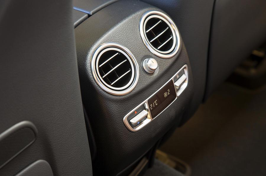 Mercedes-Benz GLC rear air vents