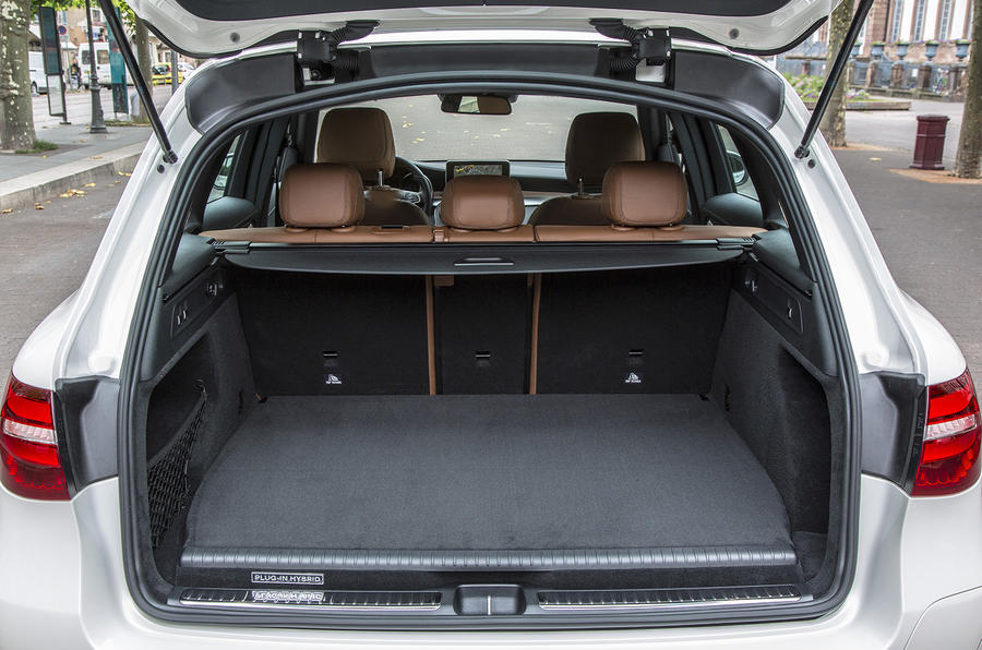 Mercedes-Benz GLC 350 e boot space