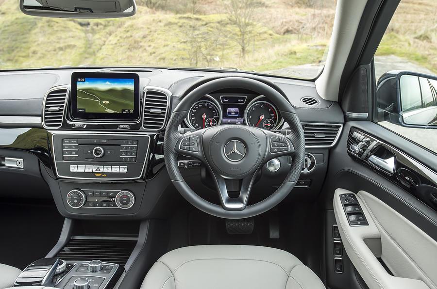 Mercedes GLS 350 d dashboard