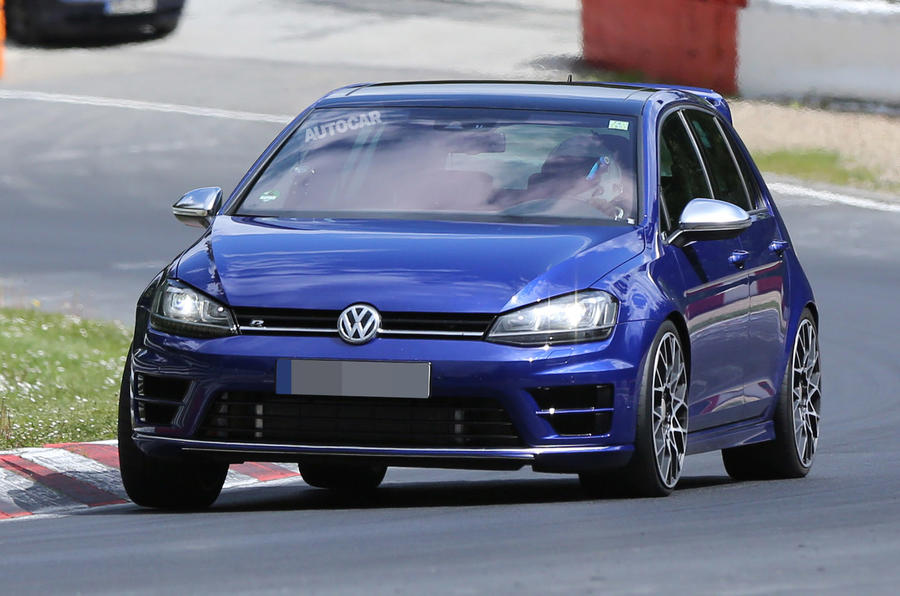 volkswagen golf r400 first spy pictures autocar. Black Bedroom Furniture Sets. Home Design Ideas