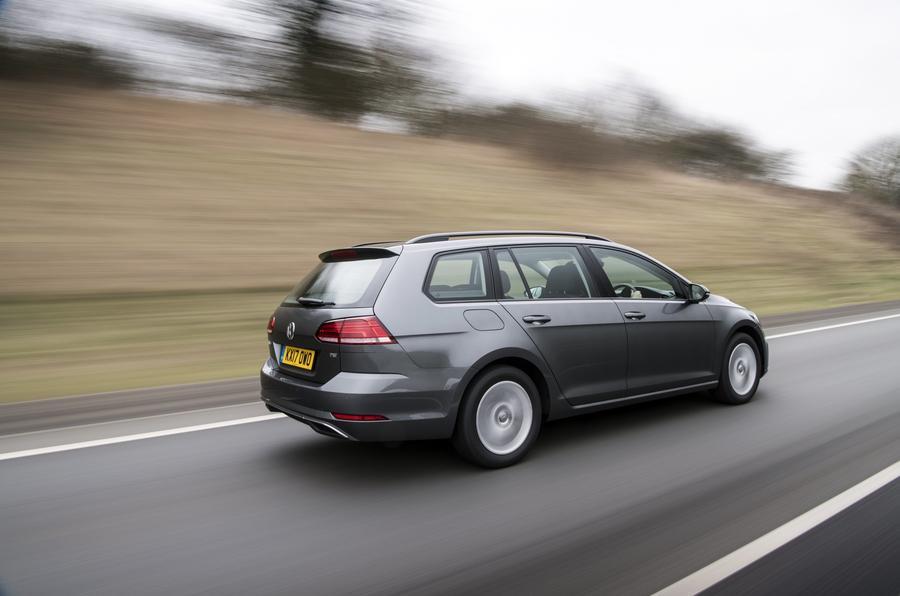Volkswagen Golf Estate rear dynamic
